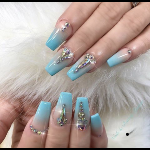 nail design with stones 7